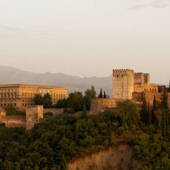 Visit of the Alhambra & Generalife including Nasrid Palaces
